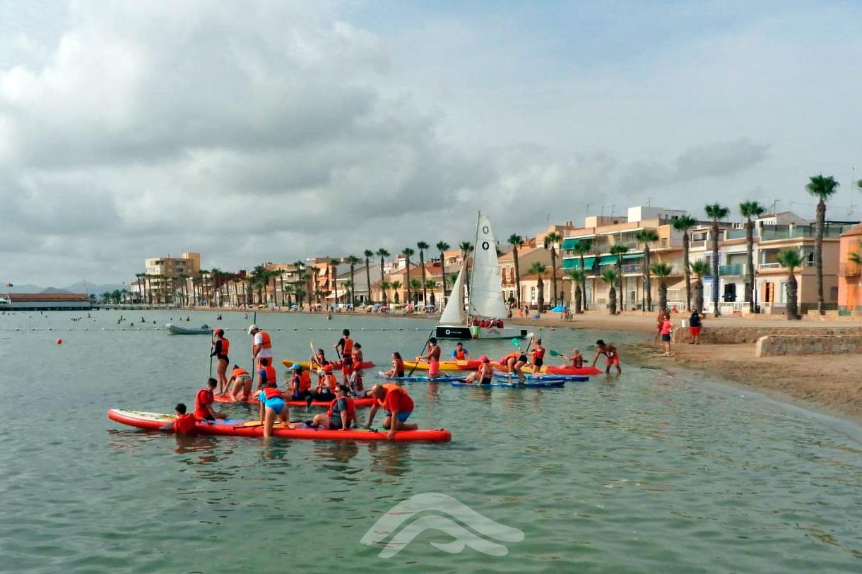 Paddle surf y piragüismo en familia
