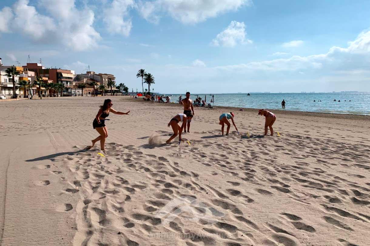Formacion Curso Monitor juegos por equipos en la playa
